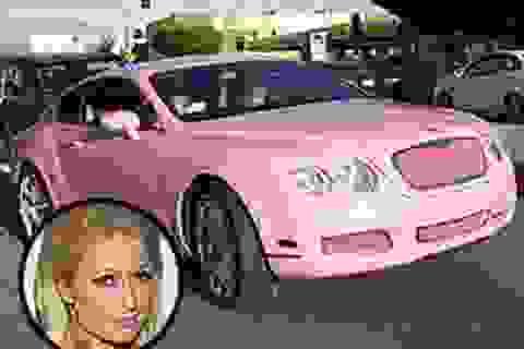 Paris Hilton đón Giáng sinh với Bentley hồng