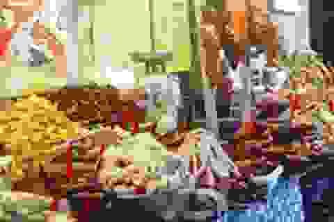 Phụ gia thực phẩm: Dùng vô tội vạ vì mua quá dễ