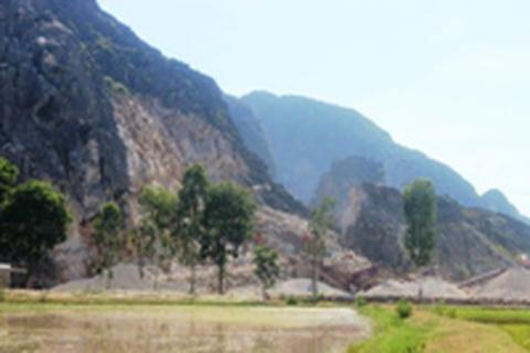Thanh Hóa: Hàng trăm hộ dân khốn khổ vì bụi đá