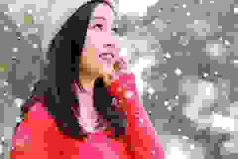 Thùy Candy dễ thương với sắc màu Giáng sinh