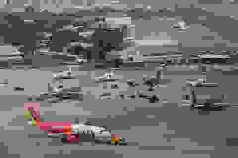 Hủy hàng loạt chuyến bay do ảnh hưởng của bão số 1