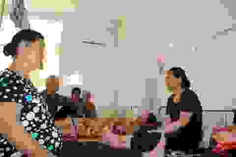 Quá tải, bệnh viện cắt điều hòa cán bộ phục vụ bệnh nhân