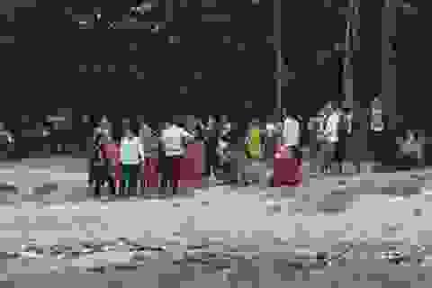 Tìm thấy thi thể 3 học sinh bị sóng biển cuốn mất tích
