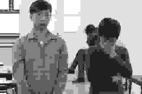 """Hà Nội: Nữ quái móc túi của người nước ngoài """"nhanh như điện"""""""