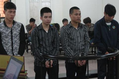 Hà Nội: Xét xử vụ trai làng hỗn chiến làm 1 người tử vong