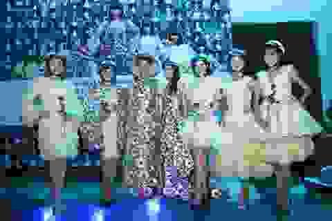 Lạ lẫm trang phục được làm từ bao cao su