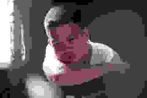 Ngôi sao thiết kế Việt Nam: Thí sinh bị loại giật micro của MC