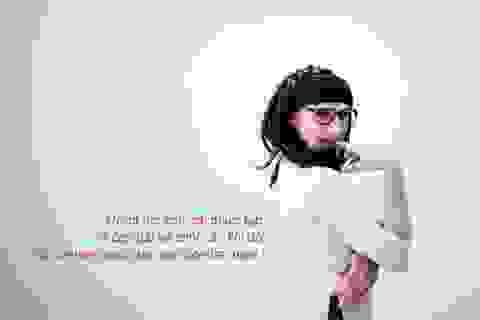 Thú vị xem chàng ca sỹ Mỹ mặc áo dài Việt Nam