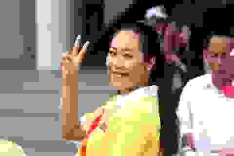 """Hoa hậu Ngô Phương Lan """"hội ngộ"""" cùng Hiền Thục vì người khuyết tật"""