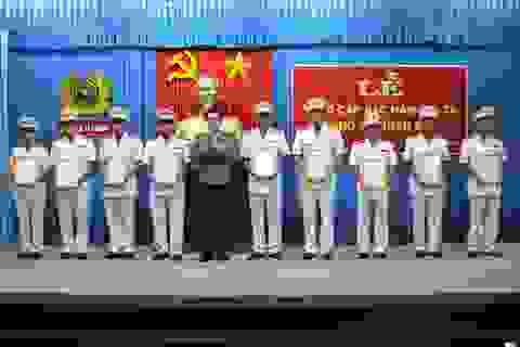 Thăng cấp bậc hàm Đại tá cho 9 sỹ quan Công an