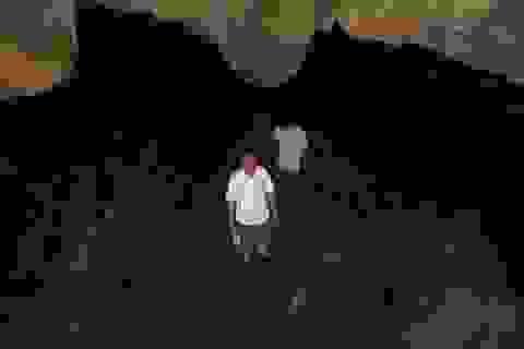 Phát hiện hang động núi lửa đẹp nhất Đông Nam Á