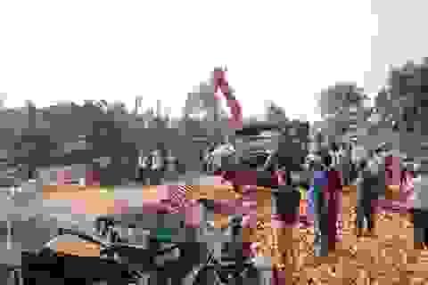 Vụ tai nạn 6 người chết: Xe mất phanh khi lao xuống dốc