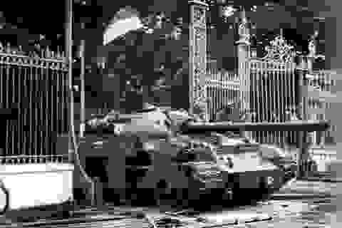 Hồ Chí Minh với những dự báo thắng lợi cuối cùng của Việt Nam