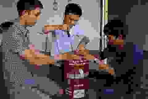 Ba cậu học trò sáng tạo với sản phẩm đậm chất Tây Nguyên