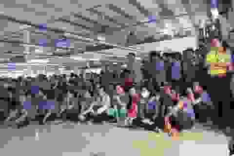 1 ngày, 2 vụ ngừng việc tập thể ở TP.Hồ Chí Minh: Do không minh bạch tiền lương