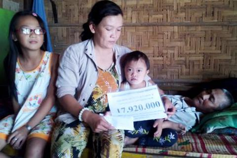 Gần 18 triệu đồng đến với gia đình bé Uyển Nhi