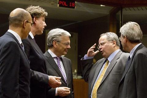 EU kéo dài thời hạn trừng phạt Nga
