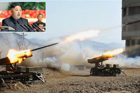 """Báo Hàn Quốc """"tố"""" Triều Tiên tăng cường tập trận chiến tranh sinh hóa"""