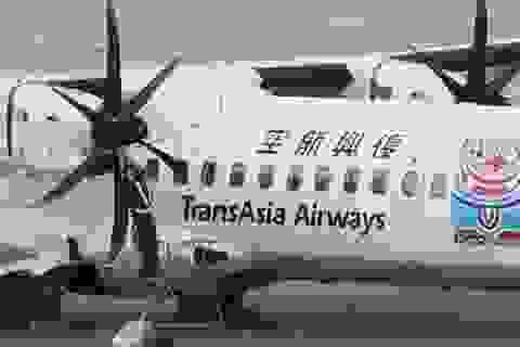 40 người chết trong vụ máy bay TransAsia lao xuống sông