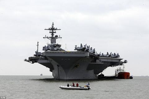 """Chiêm ngưỡng tàu sân bay """"khủng"""" của Mỹ"""