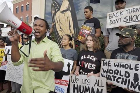 Mỹ: Bùng phát biểu tình phản đối cảnh sát bắn chết người da màu