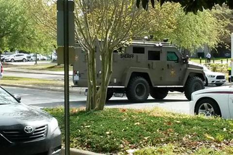 Mỹ: Truy nã kẻ nổ súng giết 1 người trong thư viện trường cao đẳng