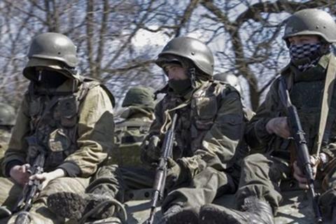 Ukraine nói bắt được 2 lính Nga tham chiến tại miền đông