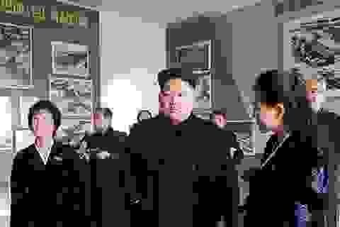 """Ông Kim Jong-un: Mỹ phải trả """"món nợ máu"""" với người Triều Tiên"""
