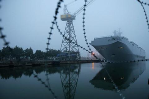 Pháp bác tin bán tàu Mistral cho Mỹ