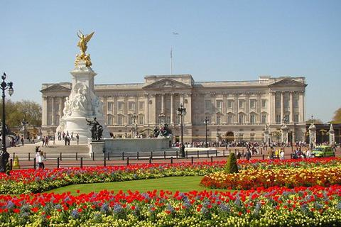 Tới thăm hoàng cung Vương quốc Anh