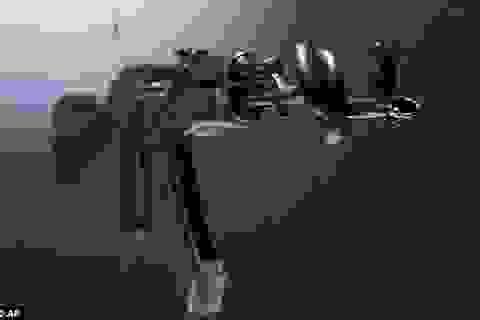 Chiến tranh và hòa bình trên họng súng AK47