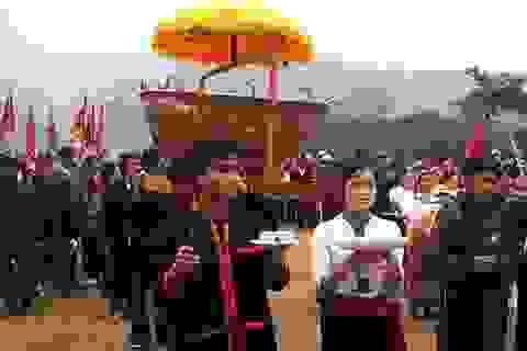 Tục thờ thần Sấm và giữ lửa của người Thái tại Nghệ An