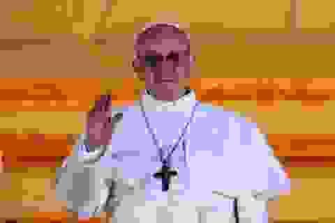 Sách của Giáo hoàng mới lên ngôi đắt khách