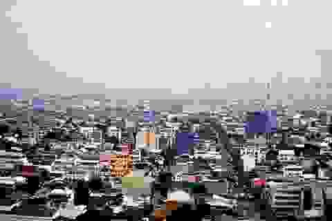 Nhà văn Dan Brown ví thủ đô của Philippines với... địa ngục