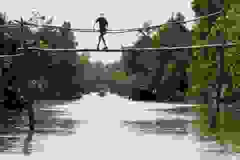 Cầu khỉ của Việt Nam lại lọt top những cây cầu nguy hiểm nhất thế giới