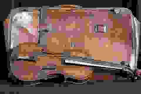 """Cây đàn violon chơi trên tàu Titanic """"xấu số"""" được bán 30 tỉ"""