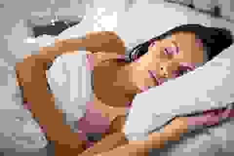 Ngủ nhiều cũng sinh bệnh