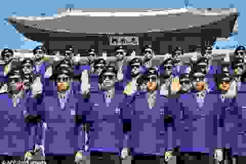 """Cảnh sát du lịch Hàn Quốc quyến rũ và biết nhảy """"Gangnam Style"""""""