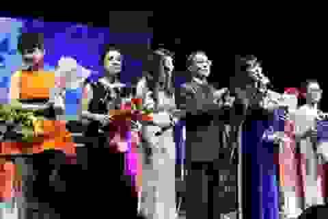 Khoảng 3.500 bà con người Việt ở Nga dự Tết Xa Quê