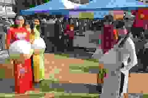 Sân chơi văn hóa của người Việt Nam trên xứ sở hoa anh đào
