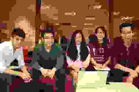 Sinh viên Việt tại Anh chung tay dập dịch sởi ở quê nhà