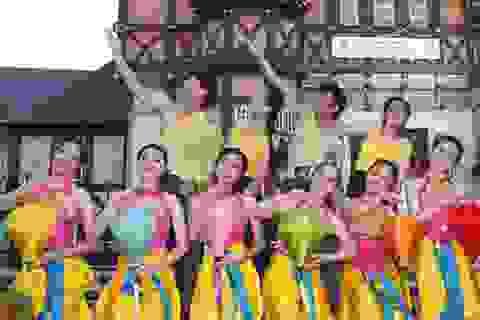 Hợp xướng Việt Nam đoạt Vàng với chất liệu dân tộc đặc sắc