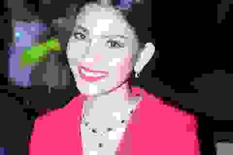 Á hậu Trương Thị May lộng lẫy với váy đỏ