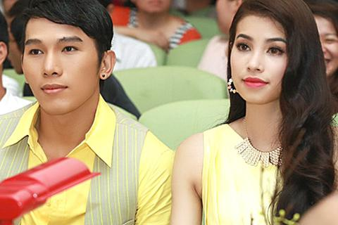 Ngọc Tình, Phạm Hương cảm phục tài năng sinh viên VN