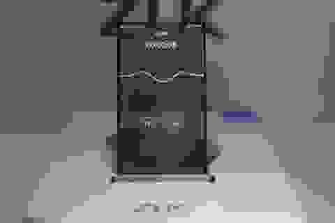 Nguyên mẫu smartphone trong suốt hoàn chỉnh đầu tiên được trình làng