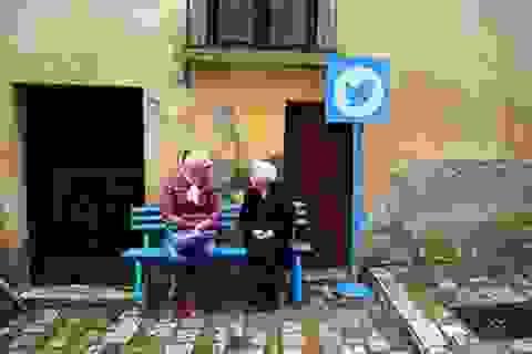 """Độc đáo """"ngôi làng Internet"""", nơi các trang web bước ra đời thực"""