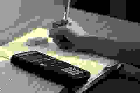 Cha đâm chết con vì không chịu học bài cho kỳ thi