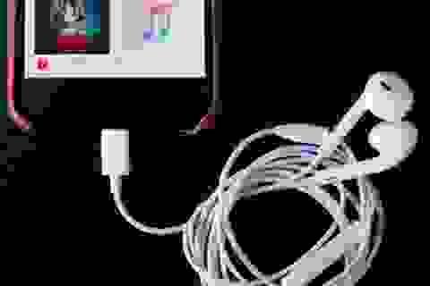 Apple xác nhận lỗi trên tai nghe Lightning EarPods mới đi kèm iPhone 7