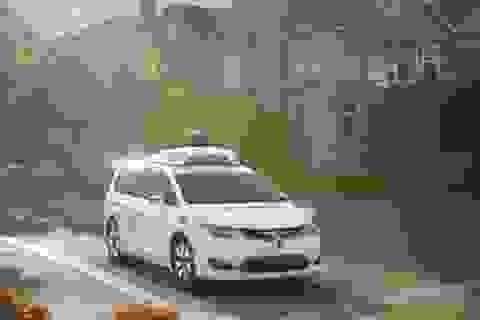 """""""Hậu duệ"""" của ô tô tự lái Google sẽ ra mắt vào năm sau"""