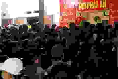 Thanh Hóa: Hàng nghìn người chen chân dự lễ khai ấn đền Trần